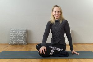 myofascial release yoga for your spine
